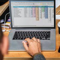 Abrechnung der Vorsteuer aus Rechnungen für Waren und Leistungen, die vor der USt- Registrierung erworben wurden