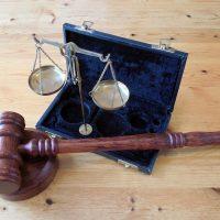 Sind Säumniszuschläge bei Einkäufen im Reverse-Charge-Verfahren und innergemeinschaftlichen Erwerben vorschriftswidrig?